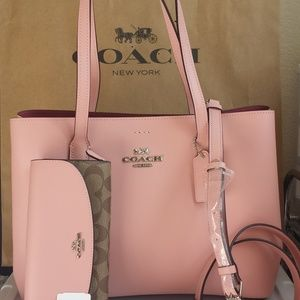 Coach Avenue Carryall Tote Petal NWT Purse Only